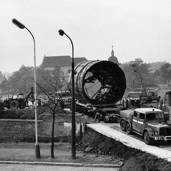 Převoz razícího štítu (1971)
